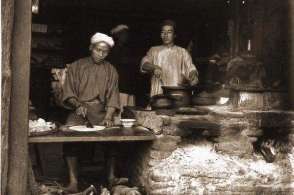 因为这道菜,左唐宗成了最有名的中国人  唐宗汉 中国人民卫生人才网 年夜饭必备的七道菜 中国人民武警部队 过年必做12道菜 重生后我变成了女人 李宗伟是中国人吗 你把爱分成了不同比例 999道私房菜 玻璃换成了显示屏 第8张